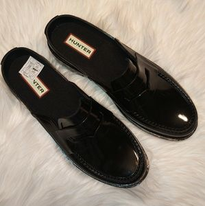 ac0329d6a45 Hunter Shoes - Hunter Backless Gloss Penny Loafers NIB Sz 7